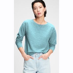 **Gap Blue Light and Chunky Knit Sweater**